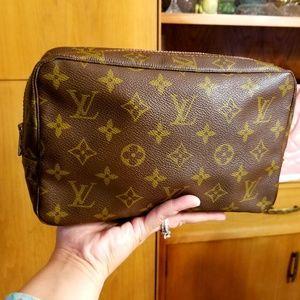 Auth Louis Vuitton  Pouch Monogram
